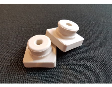 Isolator porselein M5 (25 x 25 x 17 mm)